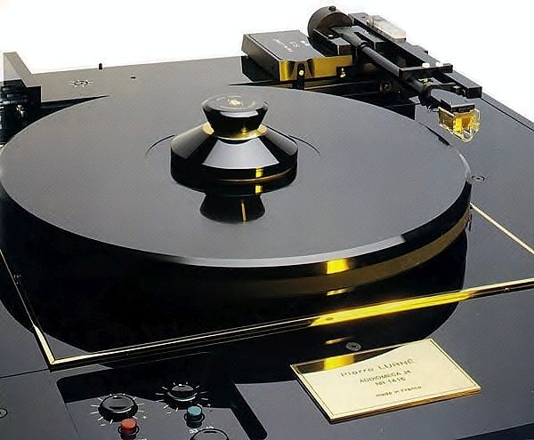 Audiomeca J4 turntable